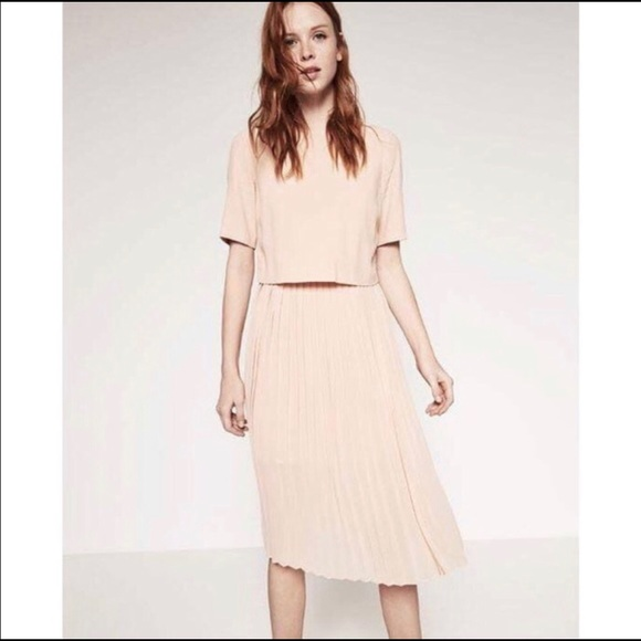 5eb767a2 Zara Pleated Midi Dress in blush pink. M_5bbee19403087c9bc01ac20a